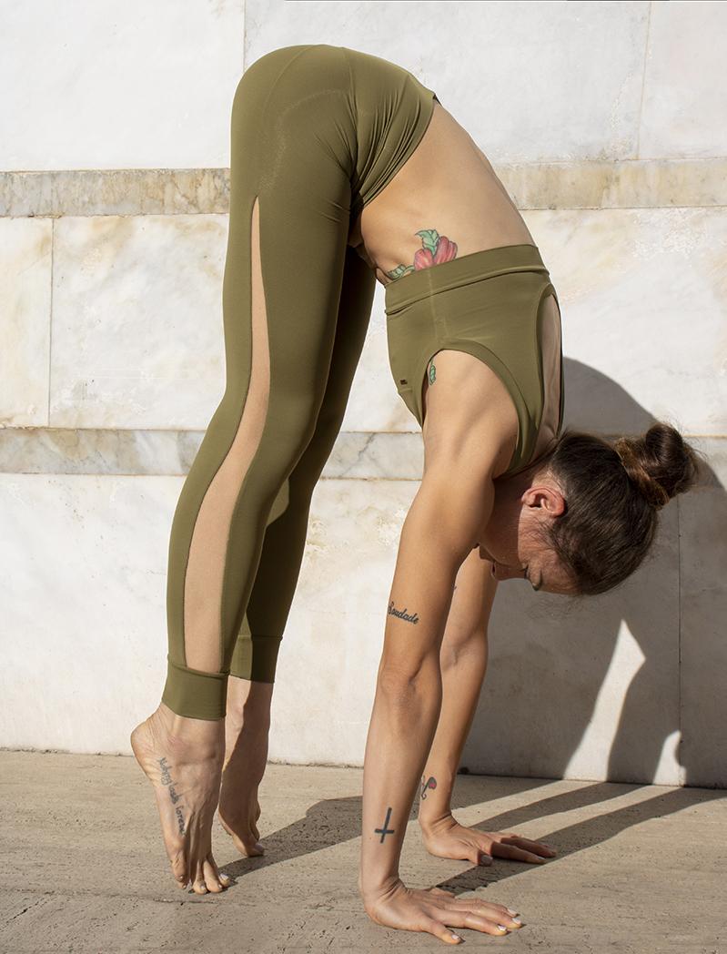 Completo Yoga Top Febe Leggings Olimpia Terra