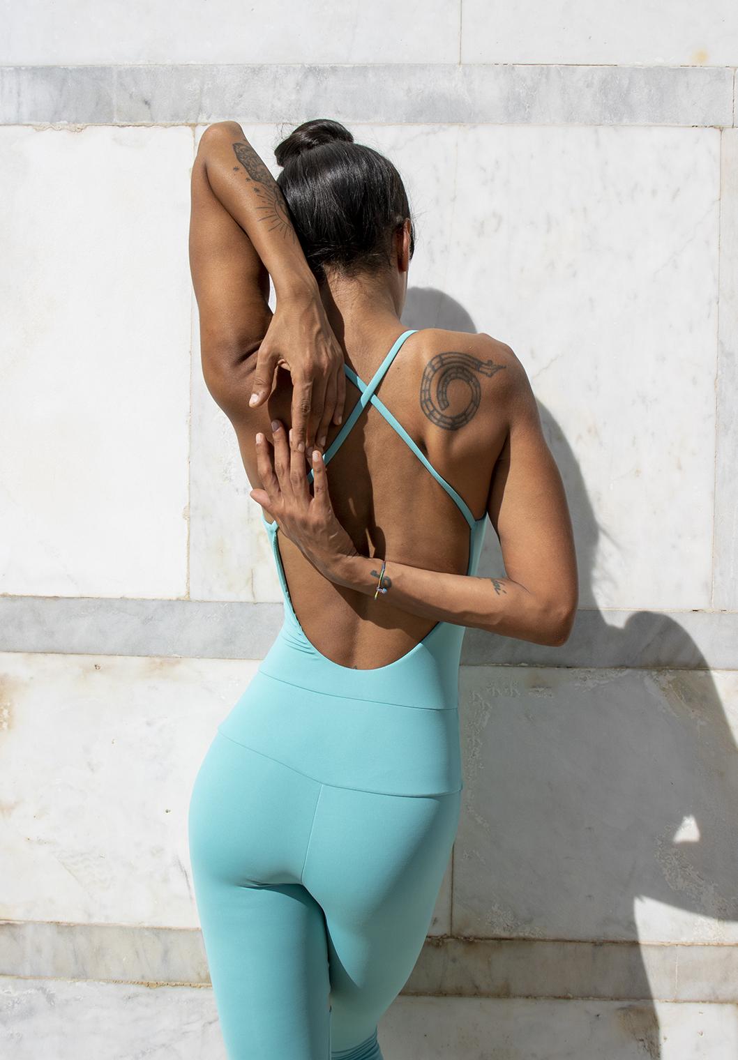 Tutina Yoga Cassandra Acqua